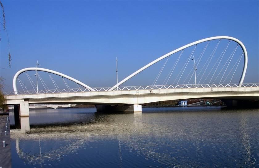 郑东新区A7桥